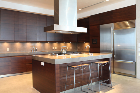 Under kitchen cabinet lighting using the best task lighting under kitchen cabinet lighting mozeypictures Images